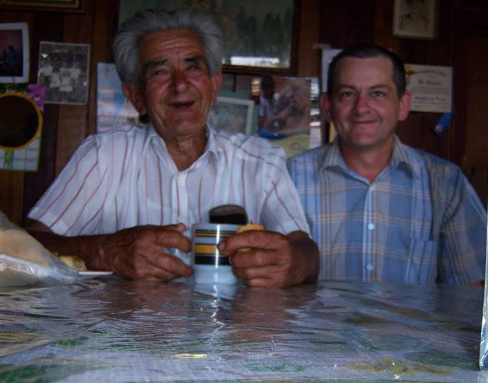 Manuel y su Padre Omar Campos